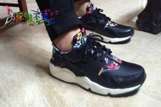 new donna nike air huarache sports scarpe black flowers