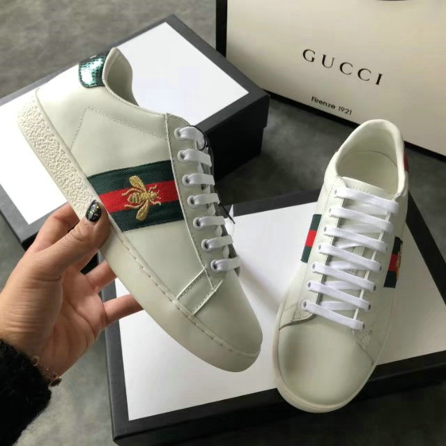ff3c1926cd0 donna gucci baskets en cuir ace small bee red green white von  GUCCI ...