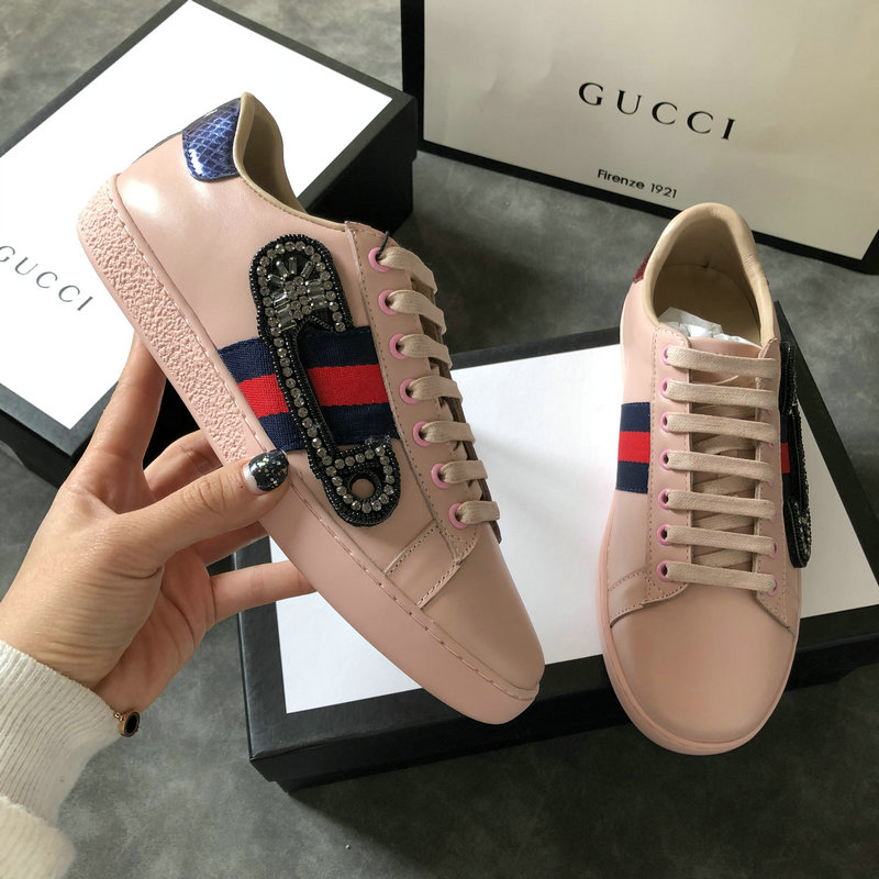 e7c0d43f172a donna gucci baskets en cuir ace sweetheart leather pin pink von ...